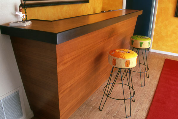 custom-teak-Bar