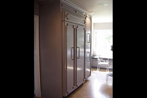 builtin-refrigerator-pantry-custom-moulding