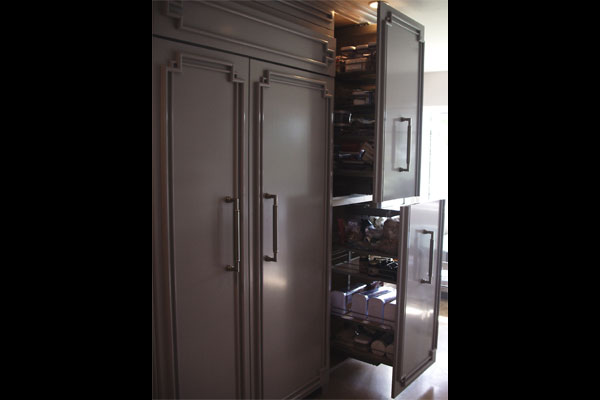 pull-out-pantry